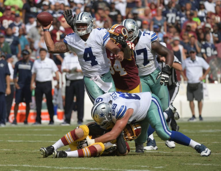 No deal: Cowboys' Prescott will play with franchise tag
