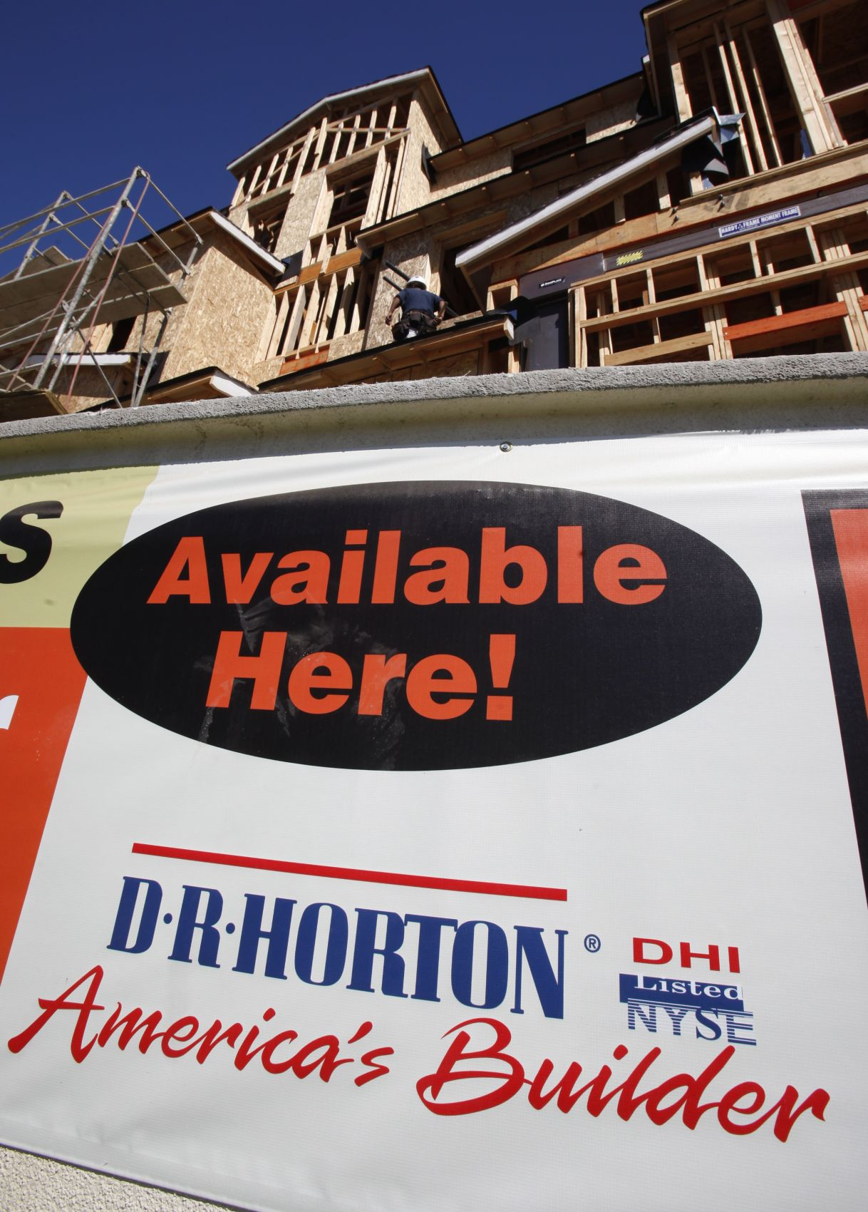 D.R. Horton promotes one to executive vice president, adds co-COO role