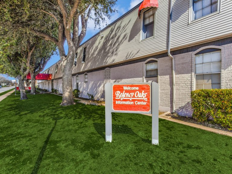 Fort Worth apartment property sold