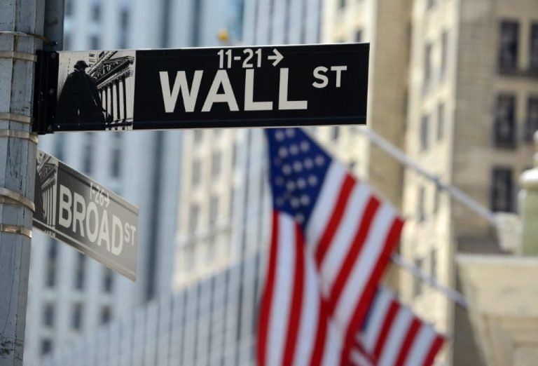 Stocks bounce back on Wall Street as tech bloodletting subsides