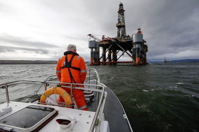 Diamond Offshore files for bankruptcy as oil prices crash