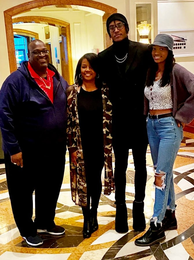 NBA player  from Bedford donates to THR