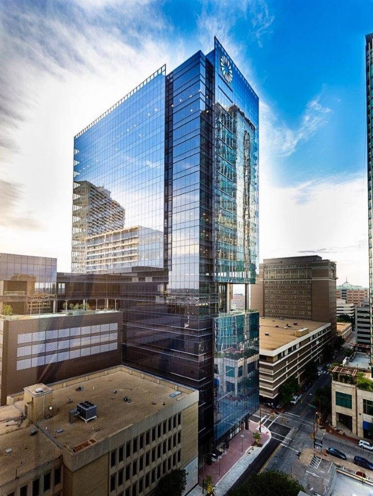 HNTB Corp. takes lease in Fort Worth's Frost Tower