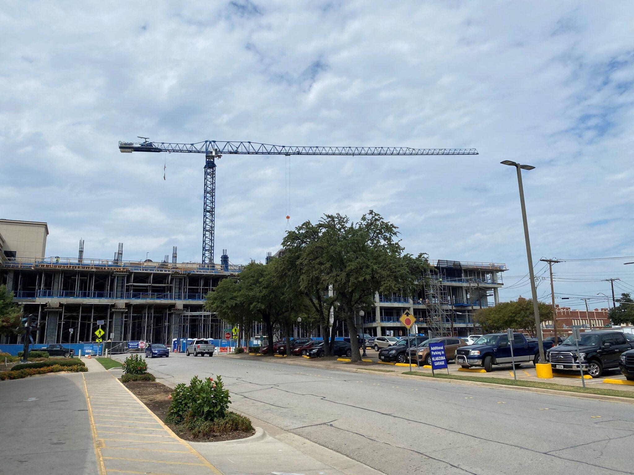 Texas Health's $300 million expansion project reaches major milestone