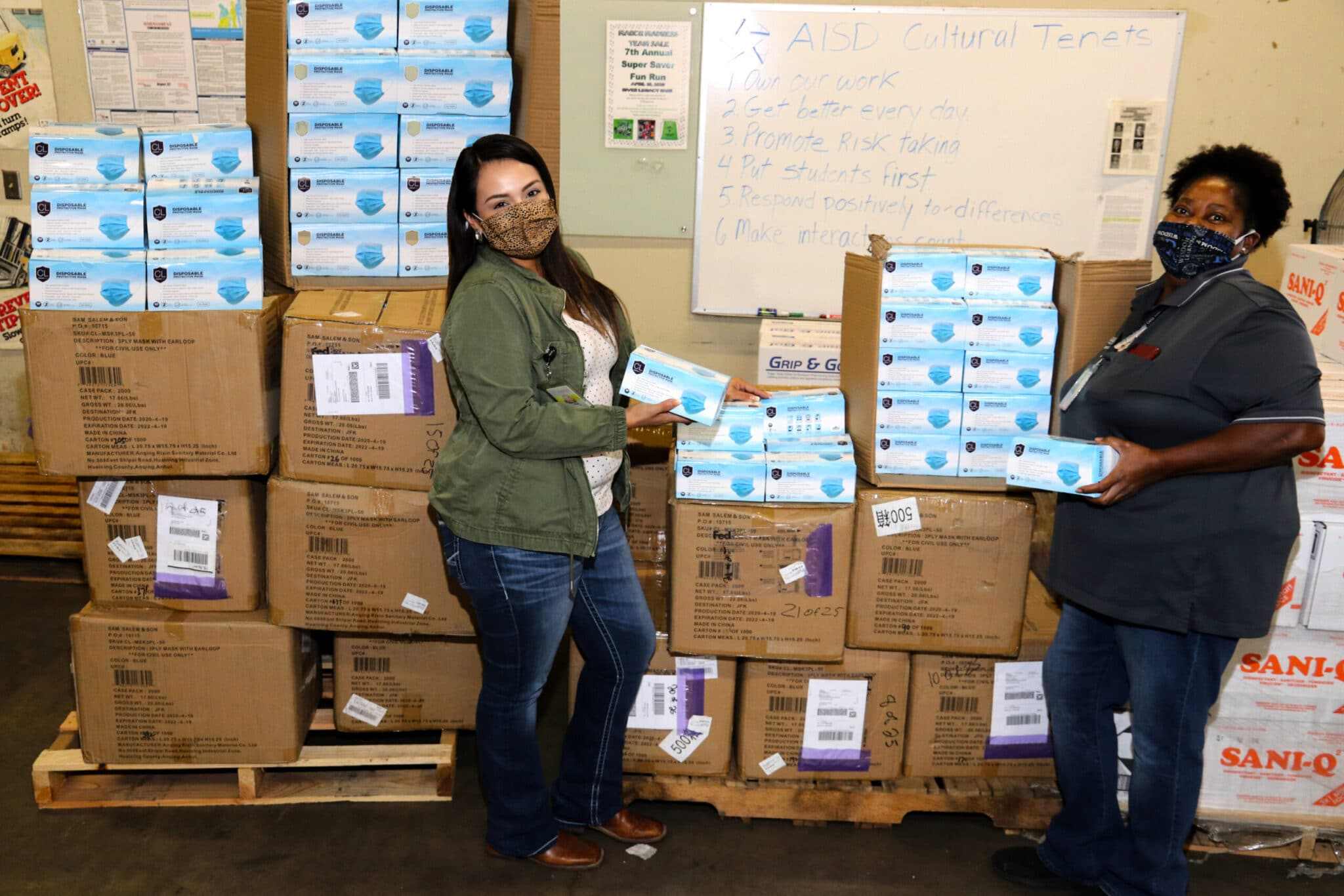 GM Financial donates 100,000 face masks to Fort Worth and Arlington school districts