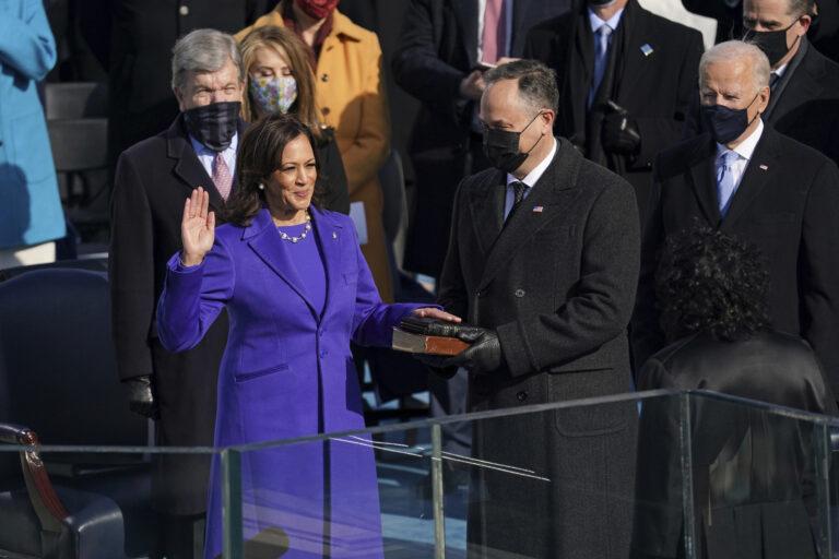 🔒 Richard Connor: Mitt misses the boat, Kamala makes history